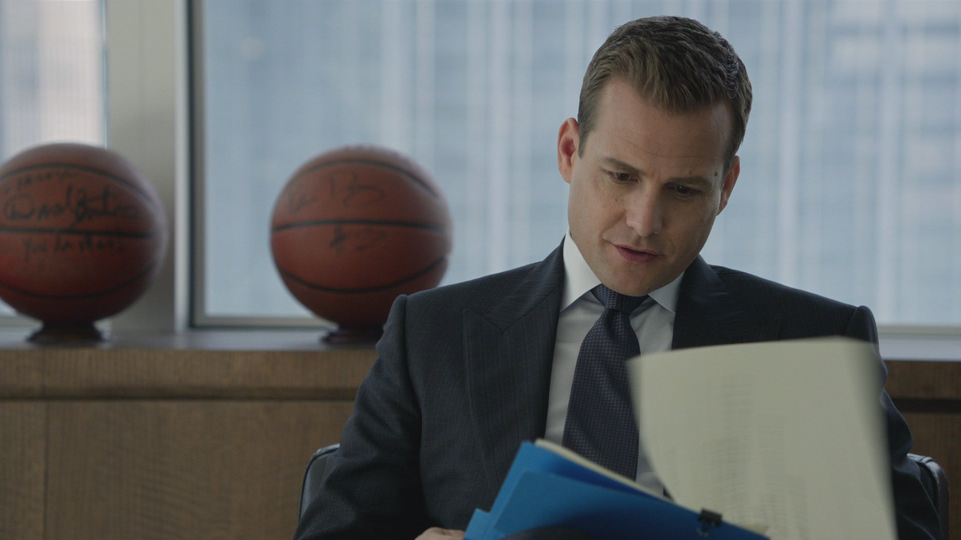 Suits: 212: Blood In The Water